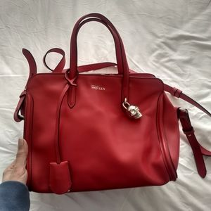 Alexander McQueen Skull Padlock Bag in Red